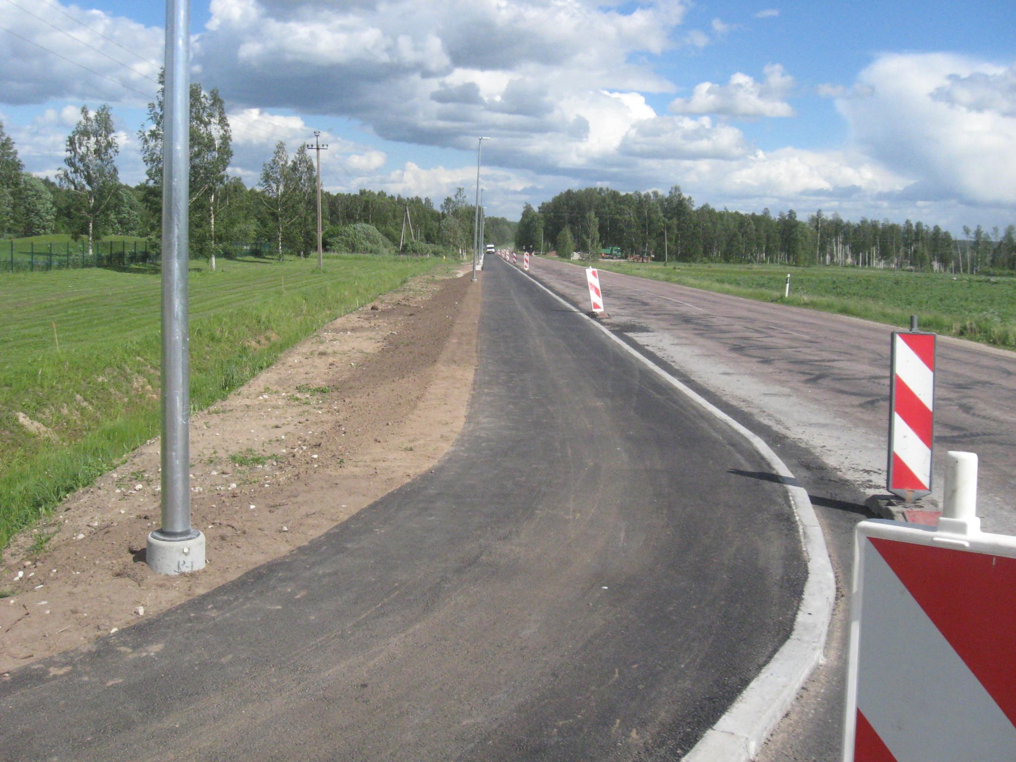 Kõrvalmaantee nr 22140 Tõrvandi-Roiu-Uniküla km 0,0 asuva ristmiku ümberehitus koos jalgratta- ja jalgtee ehitusega omanikujärelevalve